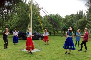 maypole dancers2